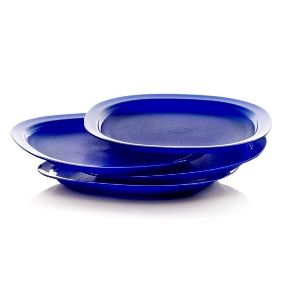 Tupperware reheatable luncheon plates set of four